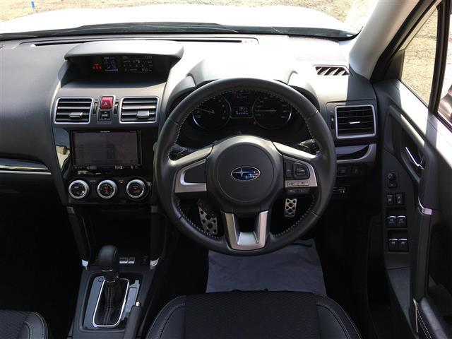 スバル フォレスター 2.0XT アイサイト ワンオーナー 4WD メモリーナビ
