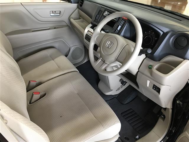 G 4WD ワンオーナー スマートキー CDオーディオ(10枚目)