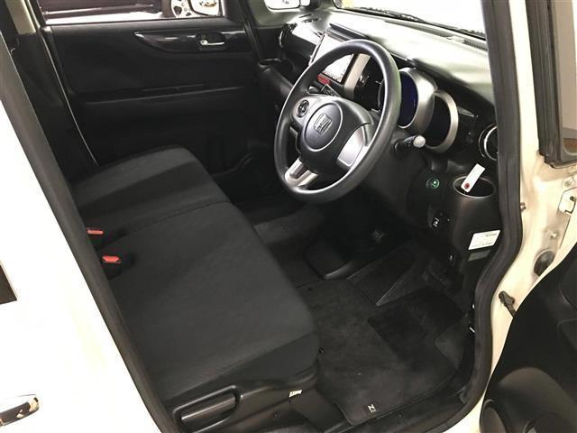 カスタム G Lパッケージ 4WD ナビ Bカメ Pスライド(11枚目)