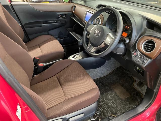 ジュエラ 4WD ワンオーナー 純正メモリナビ NSDD-W61 CD/DVD/ワンセグ ETC ウィンカーミラー ドアバイザー プッシュスタート バックカメラ スマートキー 純正フロアマット スペアキー(19枚目)