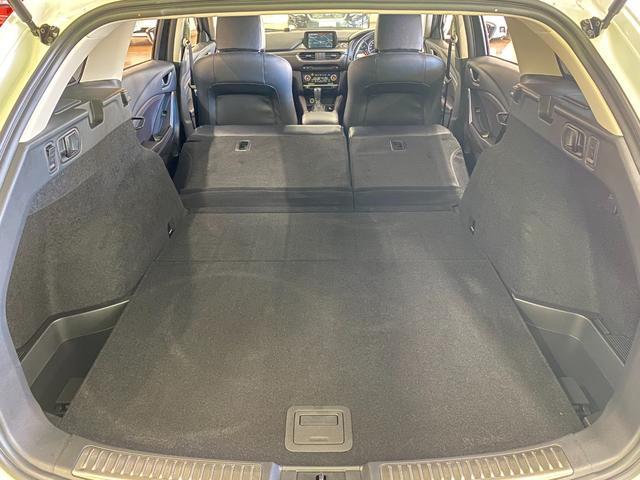 XD Lパッケージ 4WD ワンオーナー 寒冷地仕様 衝突軽減 レーダークルコン レザーシート シートヒーター BSM LEDオートライト 前席パワーシート ヘッドアップディスプレイ ルーフレール コーナーセンサー(36枚目)