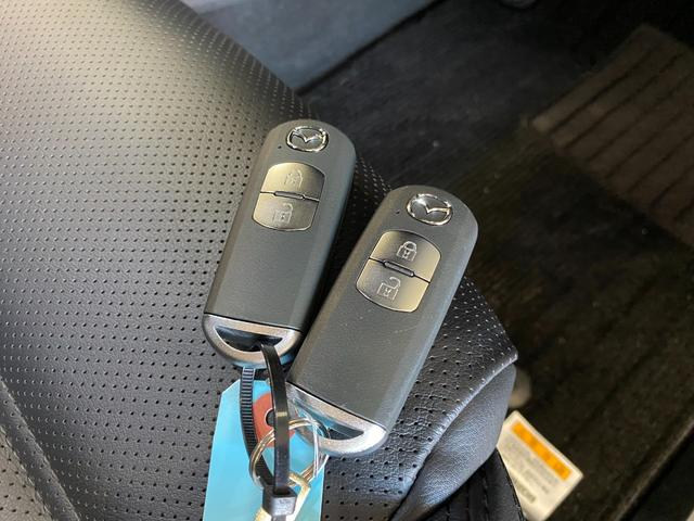 XD Lパッケージ 4WD ワンオーナー 寒冷地仕様 衝突軽減 レーダークルコン レザーシート シートヒーター BSM LEDオートライト 前席パワーシート ヘッドアップディスプレイ ルーフレール コーナーセンサー(47枚目)