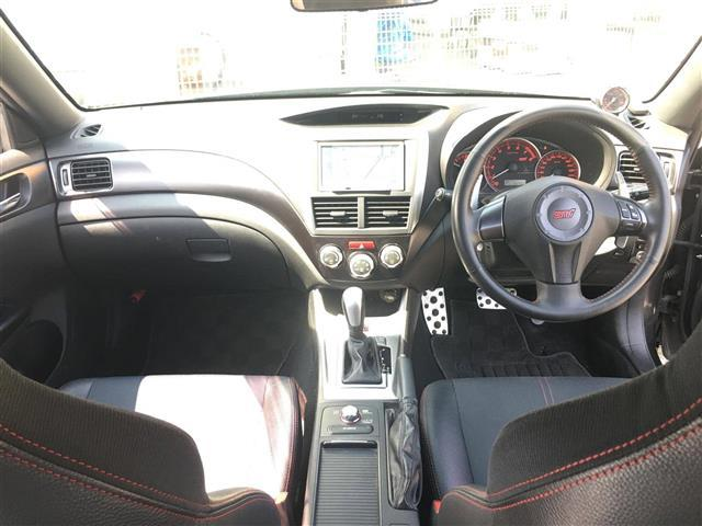 STI A-Line 4WD 1オーナー ナビ 冬タイヤ(3枚目)