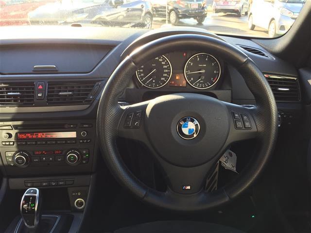 sDrive 20i Mスポーツ 4WD 純正オーディオ AM FM CD AUX サンルーフ スマートキー ルームミラー内蔵ETC プッシュスタート アイドリングストップ オートライト 横滑り防止装置(7枚目)