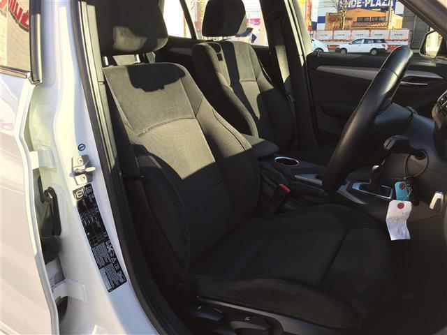 sDrive 20i Mスポーツ 4WD 純正オーディオ AM FM CD AUX サンルーフ スマートキー ルームミラー内蔵ETC プッシュスタート アイドリングストップ オートライト 横滑り防止装置(9枚目)
