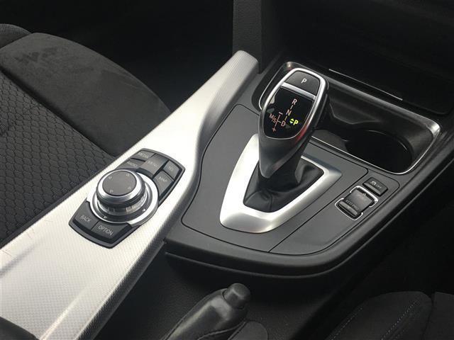 装備や車両状態など気になることはお気軽にお問い合わせ下さい。担当スタッフが現車と検査表を元に細かいところまでご案内させていただきます。