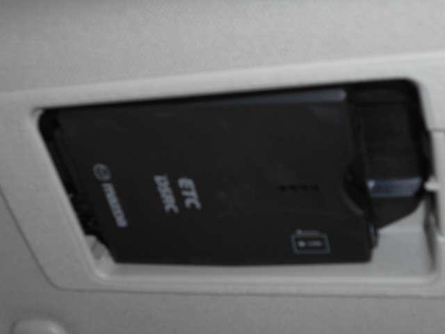 2.2 XD Lパッケージ ディーゼルターボ 4WD ブラッ(9枚目)
