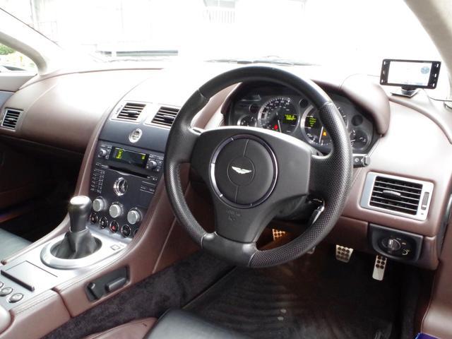 「アストンマーティン」「アストンマーティン V8ヴァンテージ」「クーペ」「東京都」の中古車21
