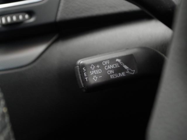 TSI コンフォートラインブルーモーションテクノロジ SDナビ(フルセグ/DVD/CD/ミュージックプレーヤー接続) 後席用モニター 両側パワースライドドア クルーズコントロール 運転席パワーシート HIDヘッドライト 純正アルミホイール ETC(7枚目)