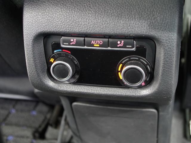 TSI コンフォートラインブルーモーションテクノロジ SDナビ(フルセグ/DVD/CD/ミュージックプレーヤー接続) 後席用モニター 両側パワースライドドア クルーズコントロール 運転席パワーシート HIDヘッドライト 純正アルミホイール ETC(19枚目)