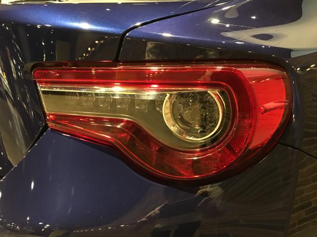 GTリミテッド /6速MT/純正SDナビ/フルセグ/クルーズコントロール/ステアリングスイッチ/ETC/スマートキー/LEDヘッドライト/車高調/TRDフロントスポイラー/TRDブレーキキャリパー/HKSマフラー(46枚目)