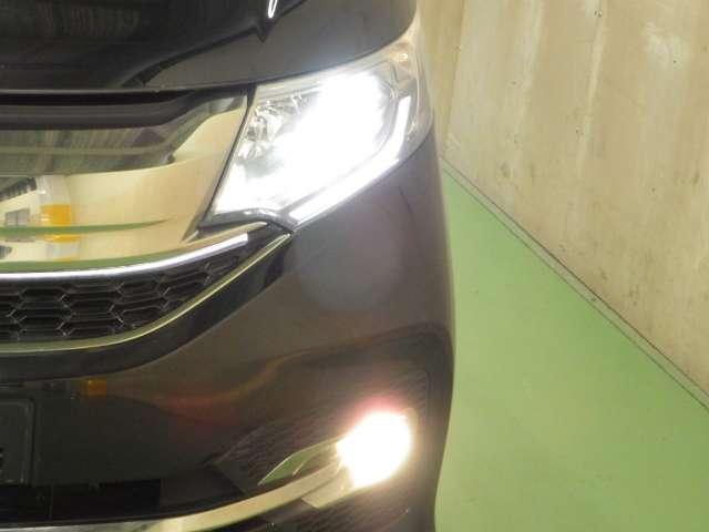 スパーダ・クールスピリット ホンダセンシング LEDライト シートヒーター 両側電動ドア ワンオーナー リアカメ メモリーナビ 禁煙 衝突軽減B ETC シートヒーター LED ナビTV フルセグ スマートキー サイドSRS CD アイドリングS(7枚目)