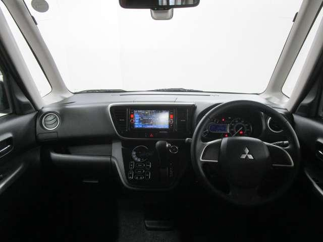 カスタムT e-アシスト 4WD 衝突被害軽減ブレーキ 純正メモリーナビ マルチアラウンドモニター ETC スマートキー 両側電動スライドドア HIDヘッドライト インタークーラーターボエンジン ワンオーナー車 禁煙車(10枚目)