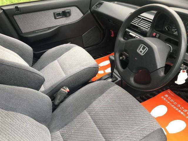 内装は古いお車ですが綺麗な状態です!当時のままです!お得な価格にてHDDナビ・Bluetooth付き社外オーディオなど取り付け可能!気軽にご相談下さい!