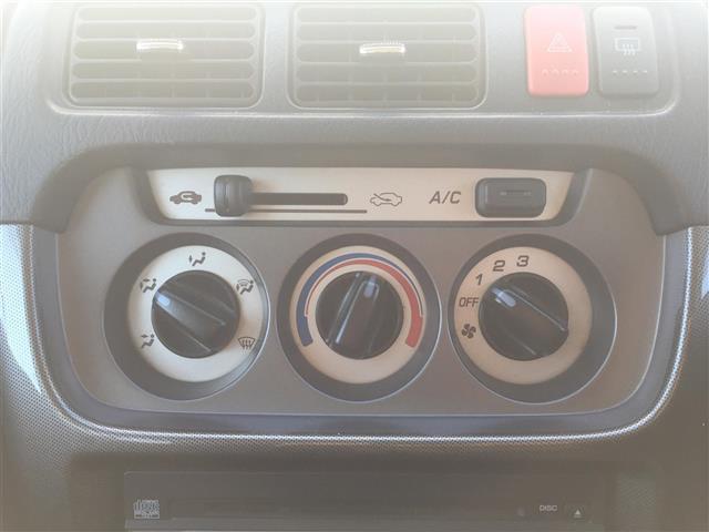G ワンオーナー 4WD 純正オーディオ CD再生 バックカメラ 純正アルミホイール キーレス(14枚目)