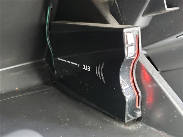 FZ 純正CDプレーヤー Bluetooth スマートキー アイドリングストップ R席シートヒーター 衝突軽減ブレーキ ウィンカーミラー 社外14インチアルミホイール キセノンライト(5枚目)
