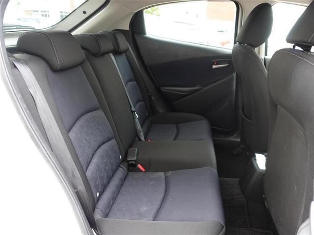 13S 純正ナビ・Bluetooth接続・フルセグTV・バックカメラ・アイドリングストップ・横滑り防止装置・コーナーセンサー・オートライト・電格ウィンカーミラープッシュスタート・スペアキー(12枚目)