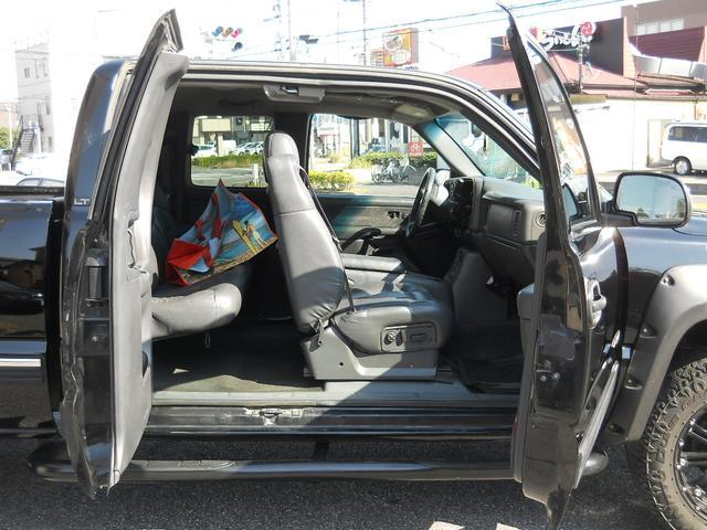 「シボレー」「シボレーシルバラード」「SUV・クロカン」「千葉県」の中古車13