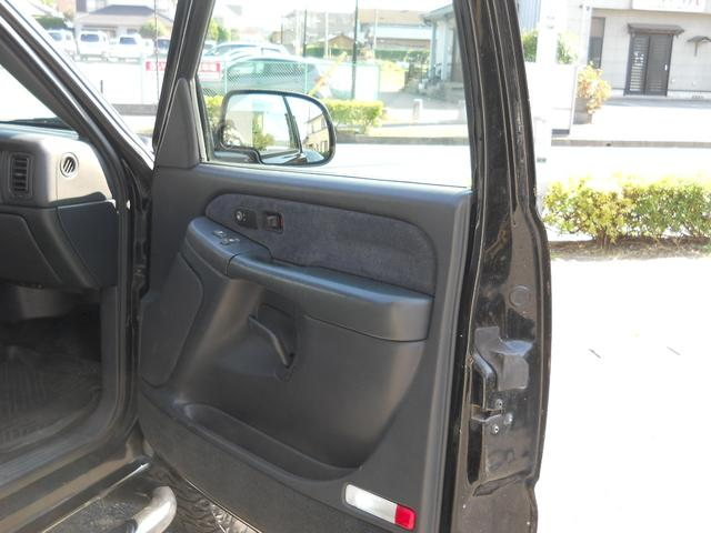 「シボレー」「シボレーシルバラード」「SUV・クロカン」「千葉県」の中古車14