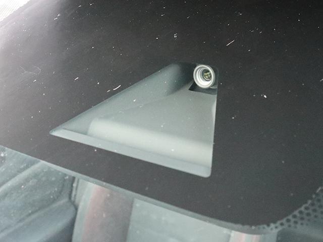 日産エマージェンシーブレーキで安全性の高い!!最新の安全装備が充実しております!