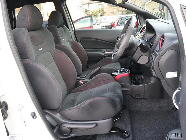 どんなに遠方の方にも自信を持ってオススメできますよ!ご自宅や職場など、ご指定いただいた場所まで大事なお車を安全かつ迅速にご納車いたします。