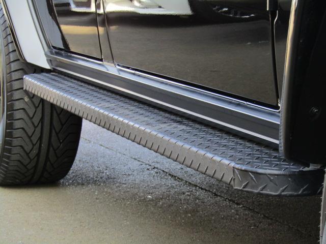G350d ラグジュアリーPKG ナビ フルセグ バックカメラ DVD再生 ブルートゥース サンルーフ ETC サンルーフ AMG20インチAW コーナーセンサー 社外サイドステップ 黒革シート ブラインドスポット(32枚目)