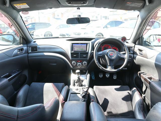 WRX STi 4WD エアロナビフルセグSiドライブHID(14枚目)