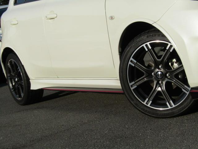 ニスモ専用アルミホイールタイヤサイズ205/45R16 タイヤ溝もまだありますのでご安心下さい。