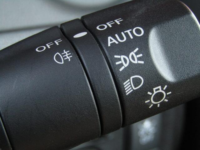 e-パワーニスモ ワンオーナー LEDヘッド セ専用エアロ アルミ エマージェンシーブレーキ ETC カロッツェリア8インチナビフルセグTV DVD バックカメラ インテリキープッシュスタート プライバシィガラス(30枚目)