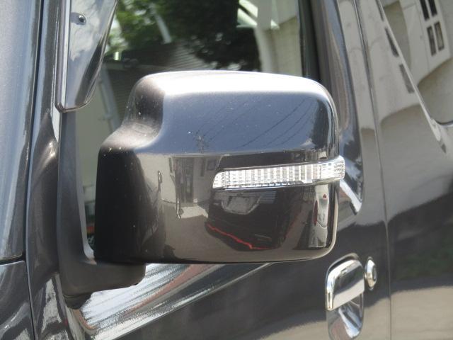 ・5速マニュアル車・キーレスキー・専用レザーシート・社外ナビ・ワンセグTV・DVD再生・ETC・ドアバイザー・ウィンカーミラー・電格ミラー・背面タイヤ・純正アルミ・横滑り防止装置(18枚目)