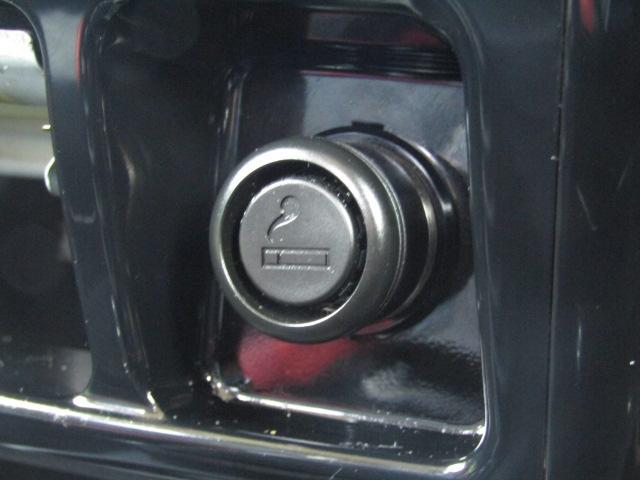 ・5速マニュアル車・キーレスキー・専用レザーシート・社外ナビ・ワンセグTV・DVD再生・ETC・ドアバイザー・ウィンカーミラー・電格ミラー・背面タイヤ・純正アルミ・横滑り防止装置(44枚目)