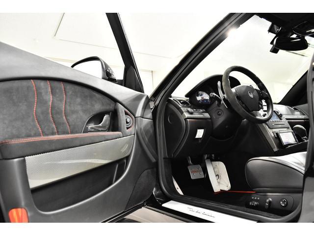 マセラティ マセラティ クアトロポルテ スポーツGT S 正規D車2オーナ 純正可変マフラー 黒革
