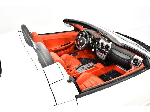 F1 OP433万 D車 クラッチ96残 カーボンブレーキ デイトナシート シートH付フル電動シート ポリッシュド19AW F&Rパークセンサ カーボンRチャレンジ イエローレブカウンタ HDDナビBカメラ(7枚目)