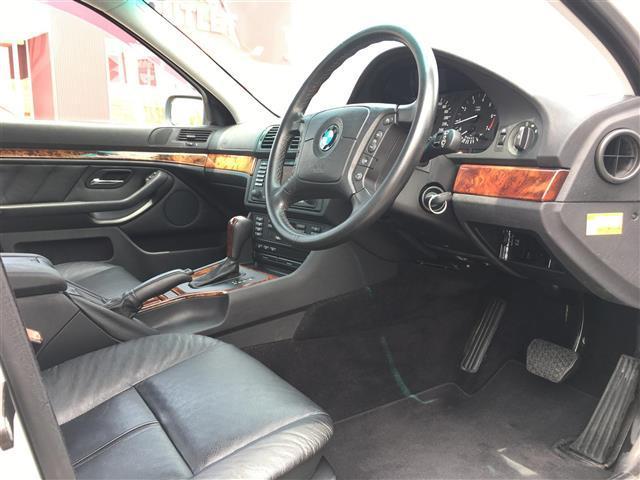525i 黒革パワーシート クルコン メーカーナビ ETC(15枚目)