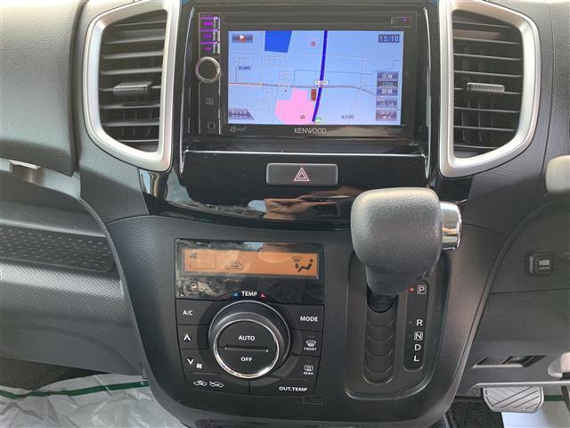 S ワンオーナー 保証書 取扱説明書 HID ナビ(CD/DVD/FM/AM/TV/AUX) プッシュスタート バックカメラ 両側パワースライドドア ETC 社外14AW ドアバイザー フロントフォグ(7枚目)