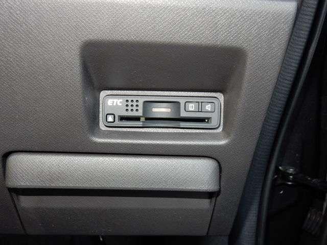 G コンフォートセレクション 認定中古車・メモリーナビ・バックカメラ・CD・DVD・フルセグTV・ディスチャージヘッドライト・両側パワースライドドア・クルーズコントロール・ワンオーナー・当社下取車・ETC・スマートキー(6枚目)