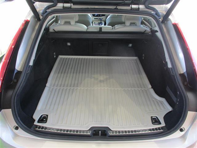 T6 AWD インスクリプション サンルーフ B&Wサウンド(13枚目)