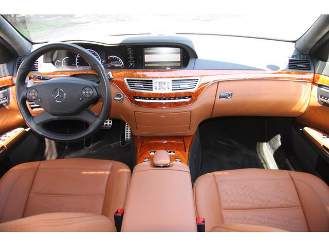 S63 AMGロング デジーノインテリア ブラウン系レザー(8枚目)