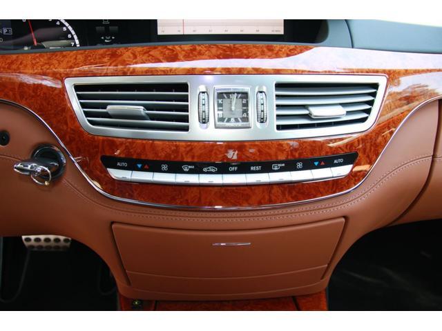 S63 AMGロング デジーノインテリア ブラウン系レザー(11枚目)