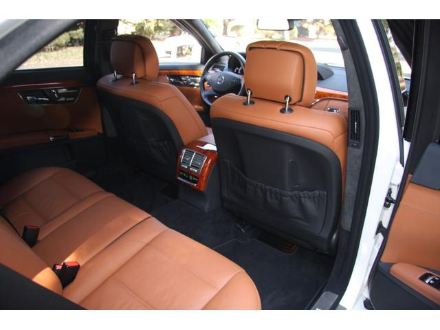 S63 AMGロング デジーノインテリア ブラウン系レザー(16枚目)