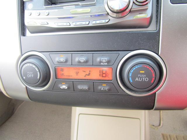 日産 ティーダラティオ 18G 6速車