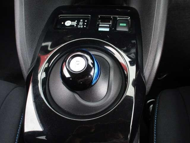 S 12セグメント 社外ナビ バックカメラ メモリーナビ LED 衝突被害軽減ブレーキ スマートキー ナビ/TV ワンオーナー タイヤ4本新品(14枚目)