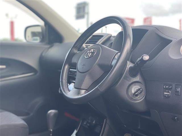 150G ワンオーナー/純正オーディオ/CDチェンジャー/AUX接続/FM/AMラジオ/AAC/ウィンカーミラー/ドアバイザー/カーテンエアバッグ/純正ドアバイザー/純正フロアマット(4枚目)
