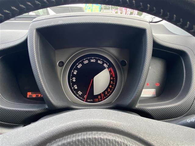 150G ワンオーナー/純正オーディオ/CDチェンジャー/AUX接続/FM/AMラジオ/AAC/ウィンカーミラー/ドアバイザー/カーテンエアバッグ/純正ドアバイザー/純正フロアマット(7枚目)
