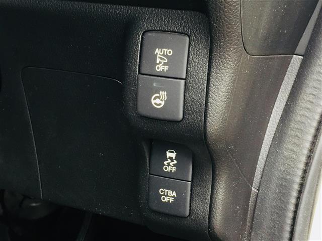 X CD・DVD/Bluetooth/フルセグTV/バックカメラ/シティブレーキアクティブシステム/クルーズコントロール/ワイヤレス充電器/ステアリングヒーター/DN席シートヒーター/ステアリングスイッチ(13枚目)