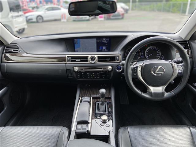 GS300h Iパッケージ 純正ナビ/CD・DVD再生/Bluetooth/バックカメラ/クルーズコントロール/LED/ETC/ヘッドライトウォッシャー/電動リアサンシェード/純正アルミホイール/プッシュスタート(3枚目)
