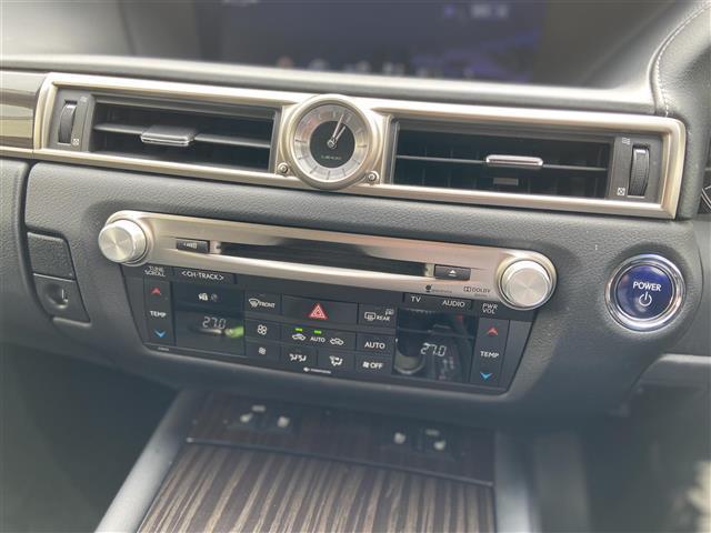 GS300h Iパッケージ 純正ナビ/CD・DVD再生/Bluetooth/バックカメラ/クルーズコントロール/LED/ETC/ヘッドライトウォッシャー/電動リアサンシェード/純正アルミホイール/プッシュスタート(8枚目)