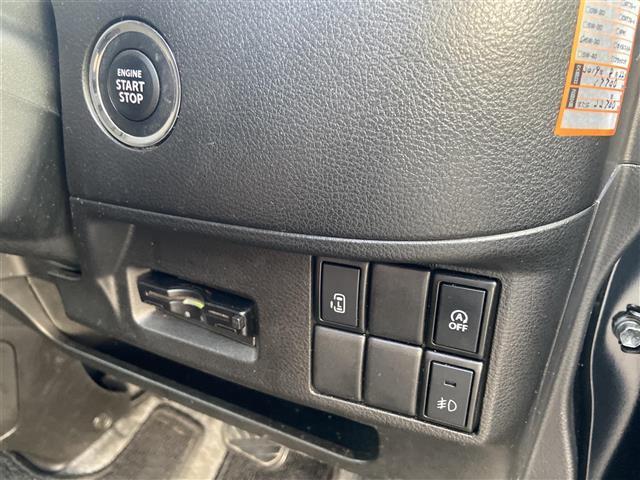 ベースグレード 純正ナビ/CD・DVD再生/Bluetooth/全方位カメラ/フルセグTV/ステアリングリモコン/片側パワースライドドア/純正フロアマット/シートヒーター/ETC(10枚目)