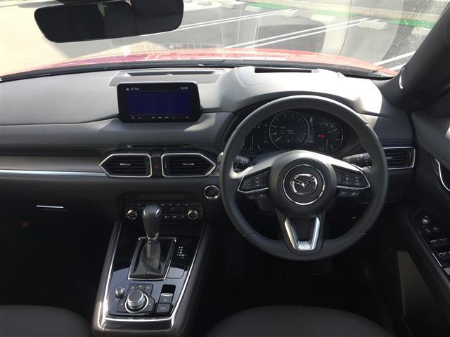 XD Lパッケージ 4WD サンルーフ レザーシート BOSEサウンド 衝突軽減 レーダークルーズ 横滑防止装置 アイドリングストップ 純正ナビ フルセグ 全方位カメラ LEDヘッドライト フォグ(3枚目)