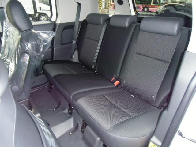 トヨタ FJクルーザー ベースグレード 地デジワイドナビ搭載